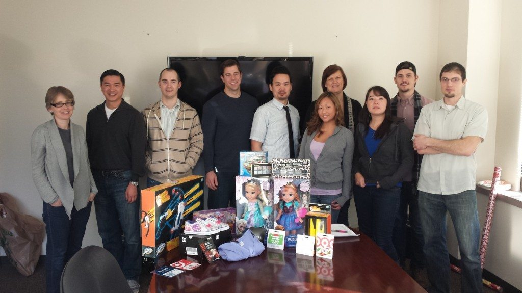 Staff at MilitaryVALoan.com buys Christmas Gifts for Needy Family